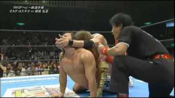 Okada. vs.Tanahashi - Oct.14.2013.NJPW .subido.por.AC1D.mp4_002164691