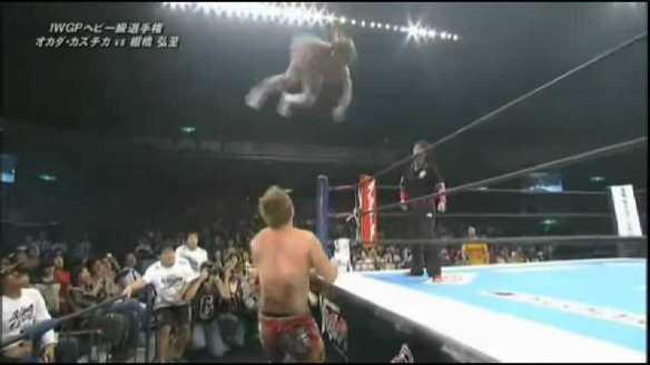 Okada. vs.Tanahashi - Oct.14.2013.NJPW .subido.por.AC1D.mp4_002377495