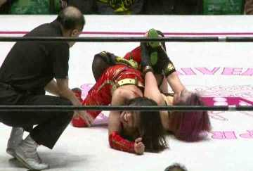 Kana.vs.Syuri.Reina.Dec.2014.by.AC1D.mkv_001125372