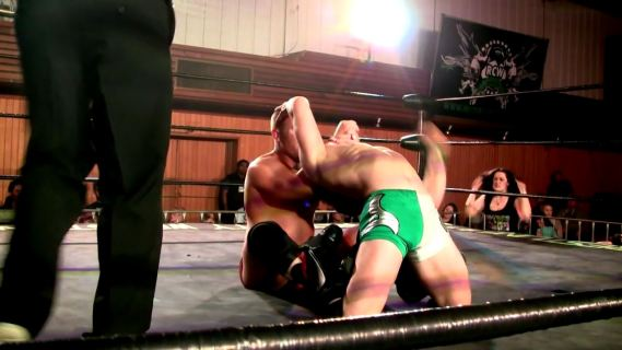 JackBonza.Vs.Jett Armstrong.by.AC1D.mp4_20150914_175015.106