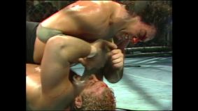 Magnum TA vs Tully Blanchard Steel Cage Match NWA Starrcade 1985-subido por AC!D.MP4_20170805_020832.887
