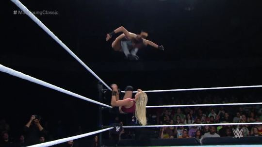 WWEMaeYoungClassicS01E06.mp4_20170911_231814.801